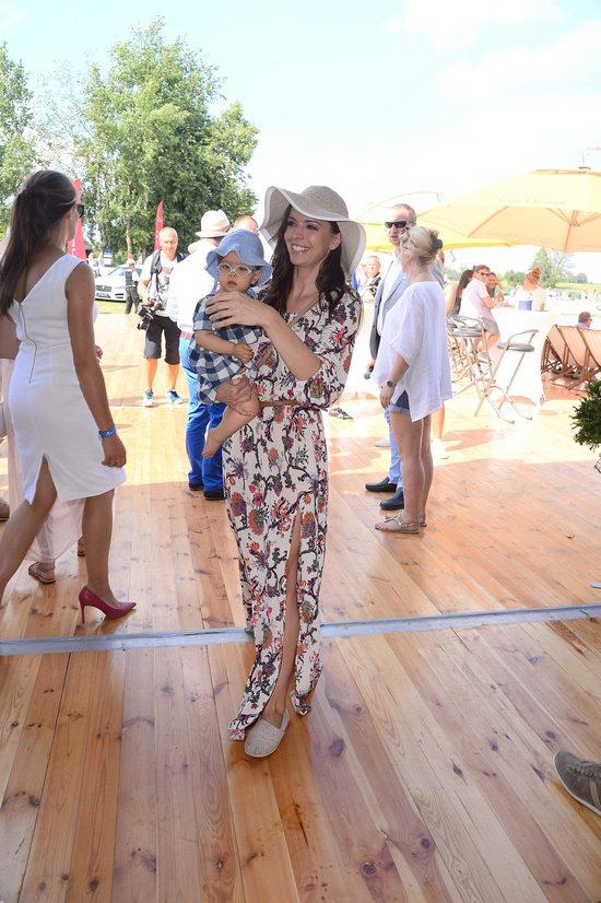 Anna Wendzikowska zabrała córeczkę na zawody Gałkowo Masters (FOTO)