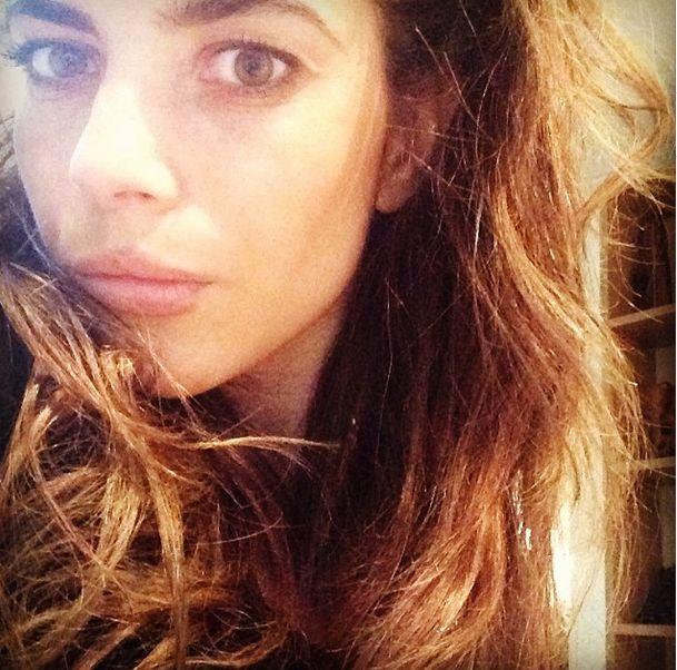 Weronika Rosati ozdobiła twarz kolczykami?! (FOTO)