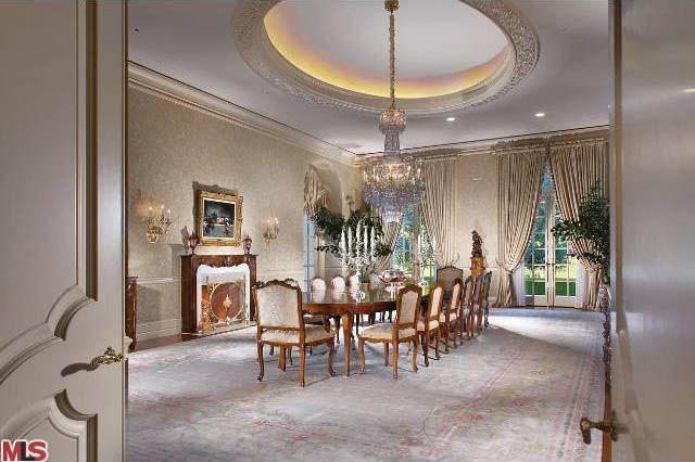 Kardashianki s� biedne przy w�a�cicielce tego domu