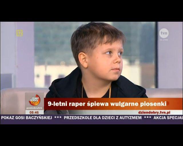 9-letni Xawier Witkowski śpiewa o dzi*kach, kodeinie, hajsie
