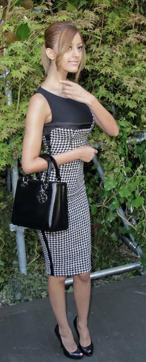 Zahia Dehar już nie chce wyglądać jak luksusowa prostytutka?