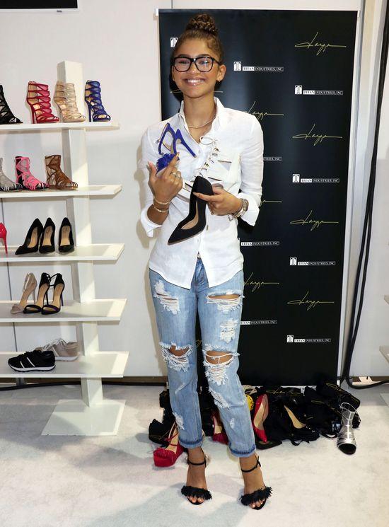 Zendaya została twarzą butów... (FOTO)