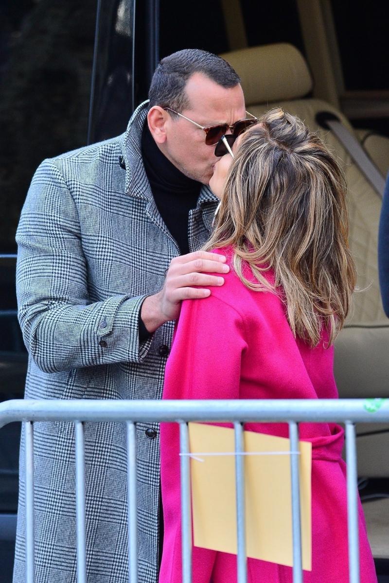 Jennifer Lopez i Alex Rodriguez pocałunek