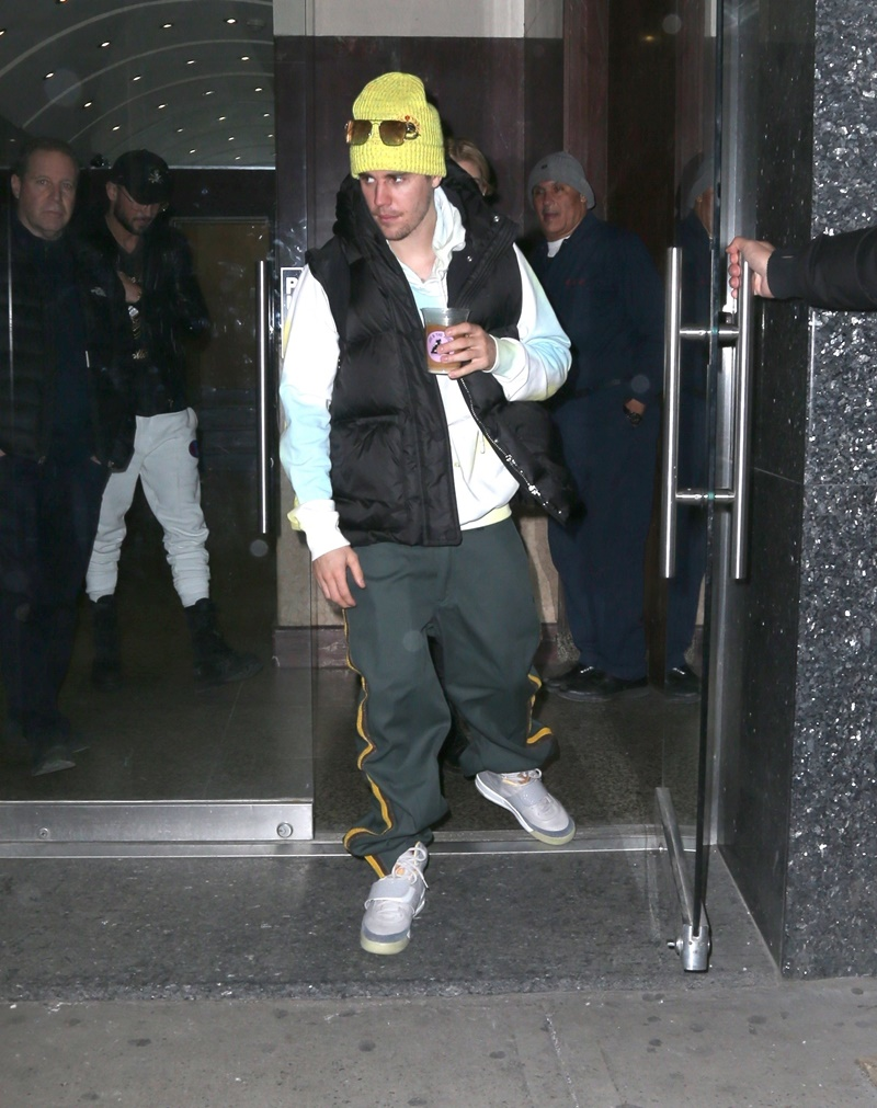 Hailey Baldwin and Justin Bieber leave a therapy session in New York Hailey Baldwin, Justin Bieber