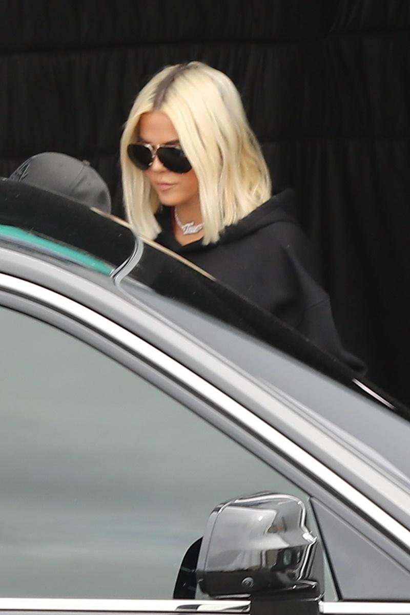 Khloe Kardashian sneaks out of a studio in Calabasas Khloe Kardashian