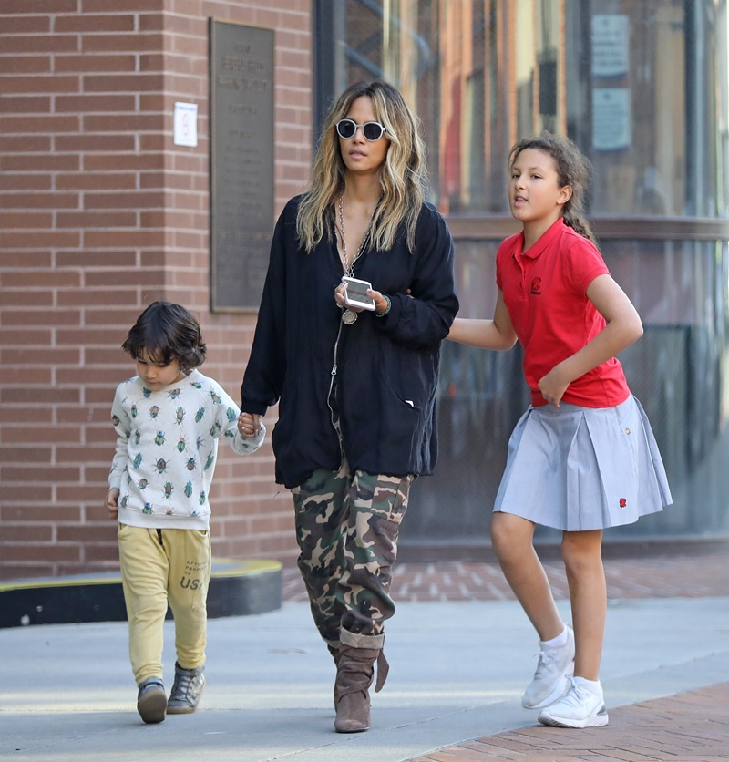 *EXCLUSIVE* Halle Berry takes Nahla and Maceo shopping in Beverly Hills Halle Berry