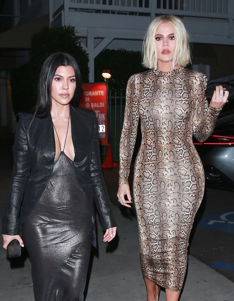 Kourtney and Khloe Kardashian dine at Giorgio Baldi with Kylie and Kim Kourtney Kardashian, Khloe Kardashian