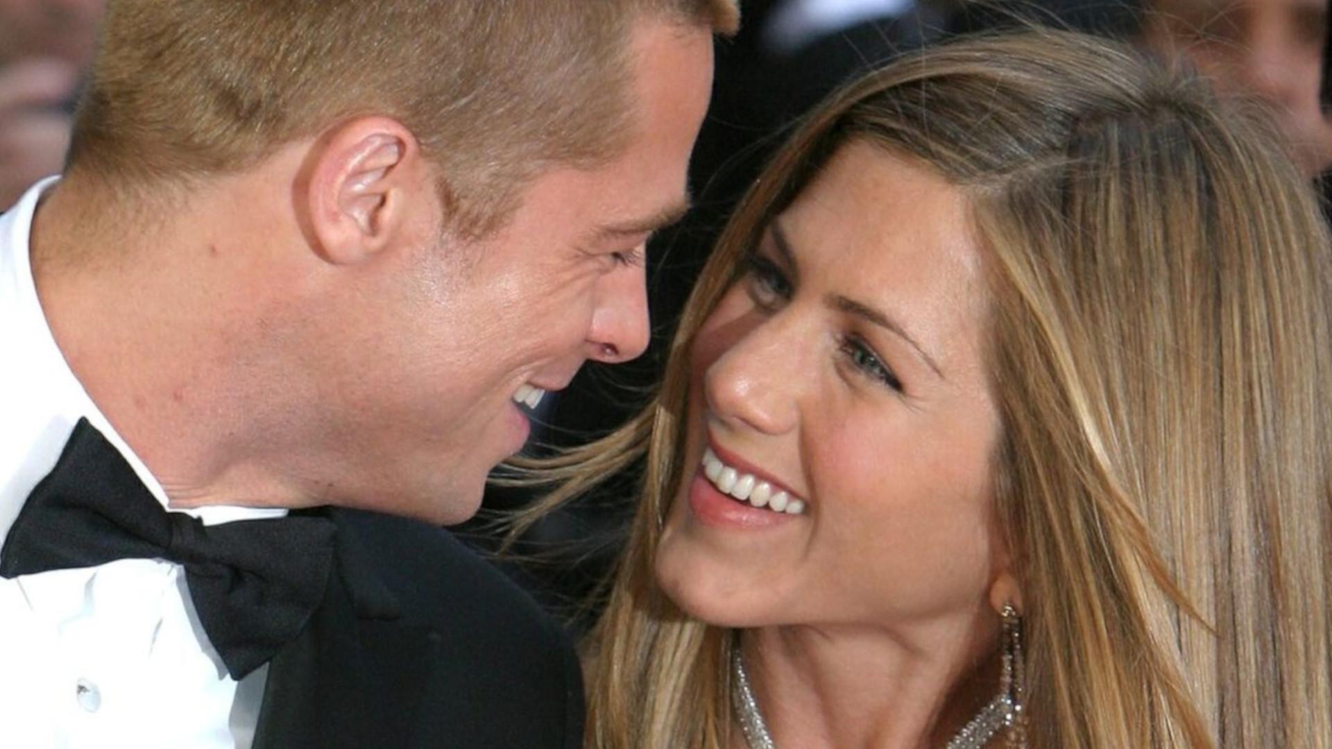 Szok! Jennifer Aniston i Brad Pitt przyłapani na pocałunkach. Byli już na drugiej randce?