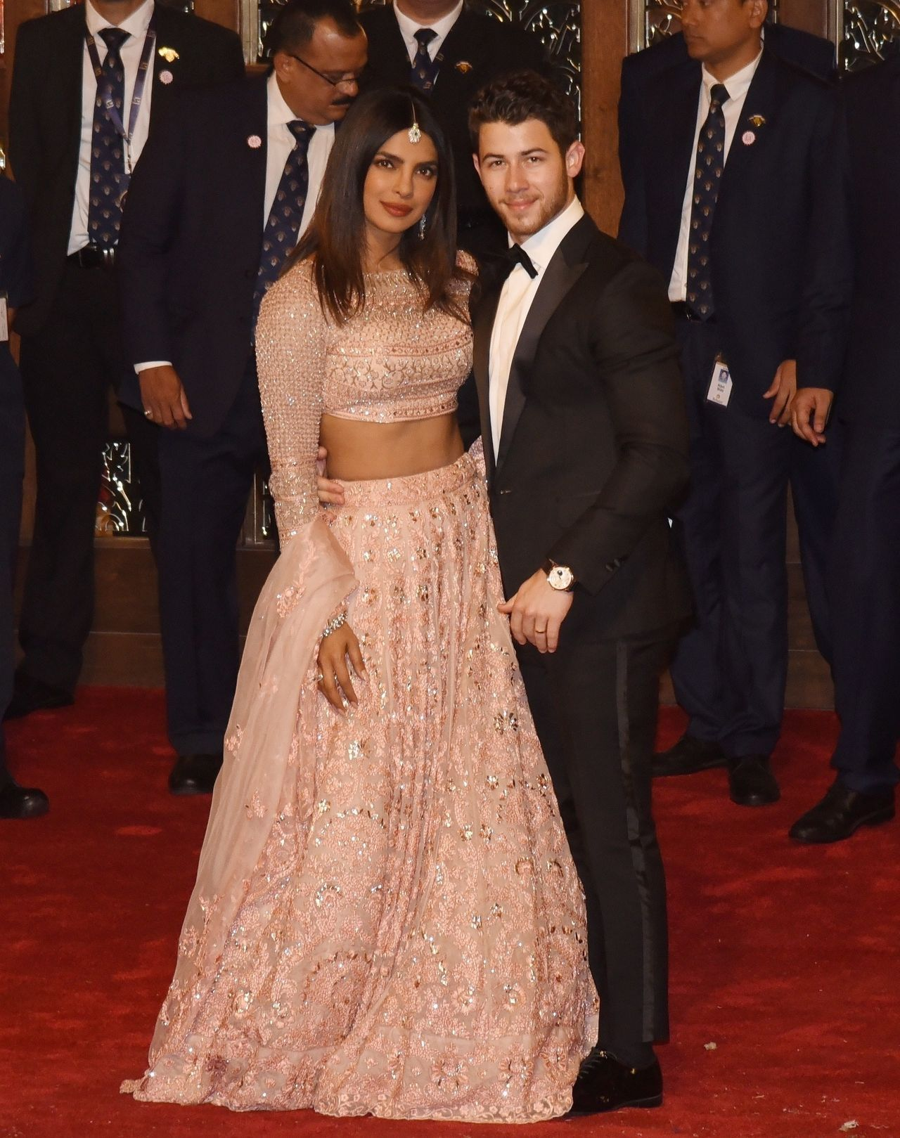 Priyanka Chopra and Nick Jonas seen arriving at Isha Ambani Wedding in Mumbai / Zed Jameson / BACKGRID , kod: Priyanka Chopra and Nick Jonas