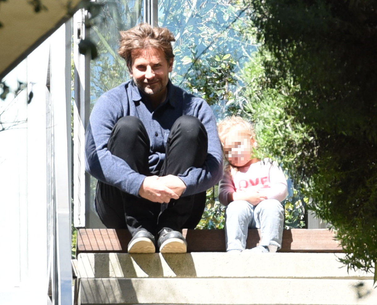 Bradley Cooper i Irina Shayk z córeczką Leą