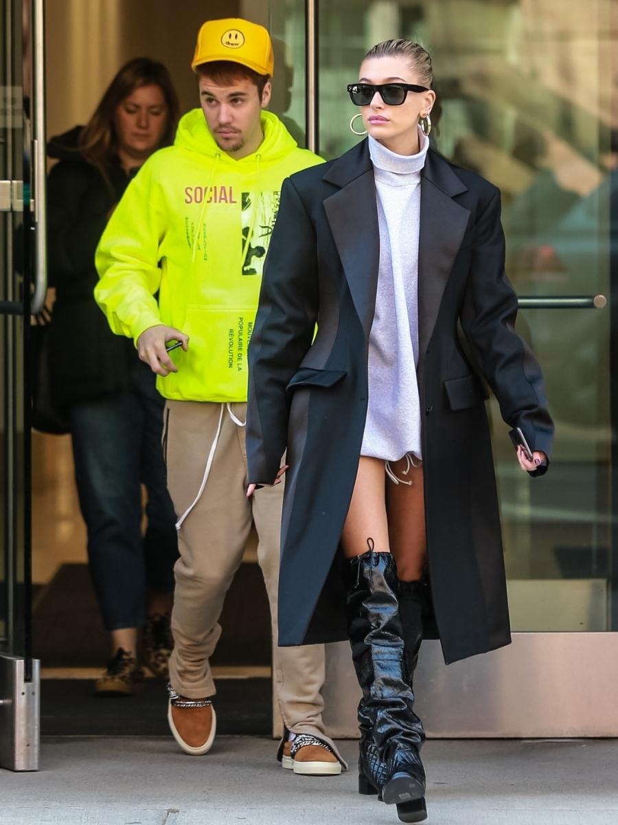 Justin Bieber i Hailey Baldwin wychodzą pokłóceni z apartamentu w Nowym Jorku