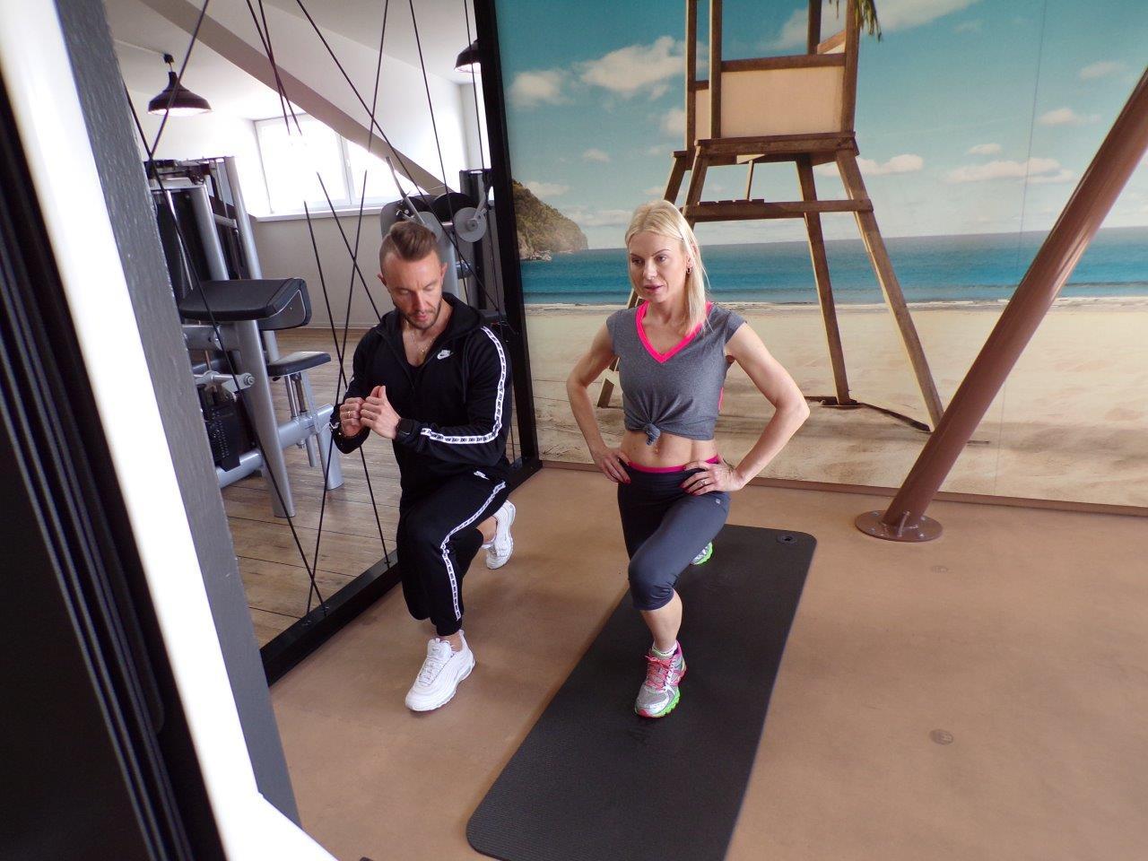 Karolina Nowakowska na siłowni