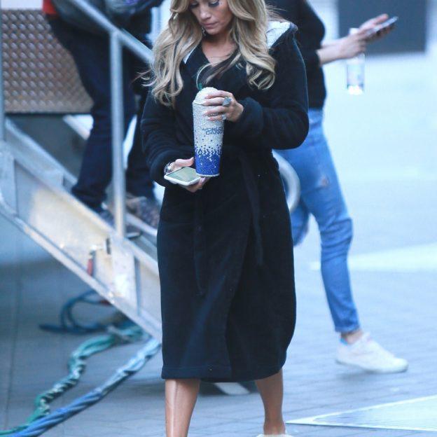Jennifer Lopez heads back to the set of 'Hustlers' carrying a large drink Jennifer Lopez