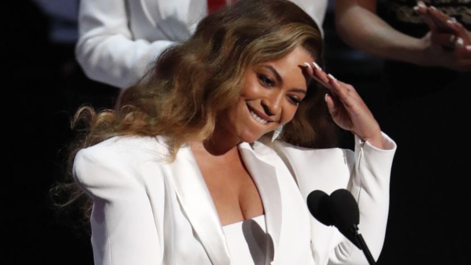Mężczyzna pocałował Beyonce na oczach jej męża. Jest nagranie! (VIDEO)