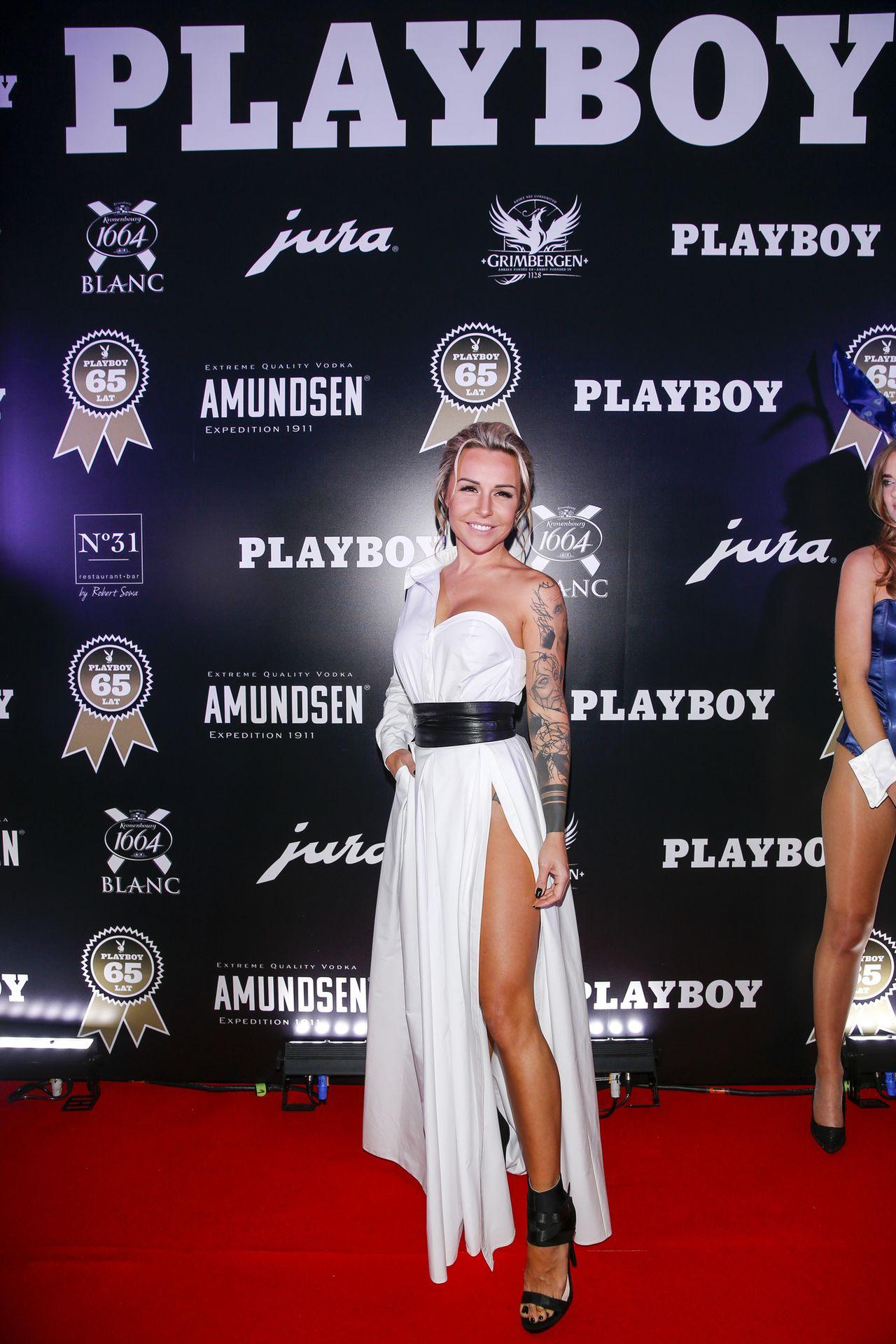 Blanka Lipińska w białej sukience na imprezie Playboya