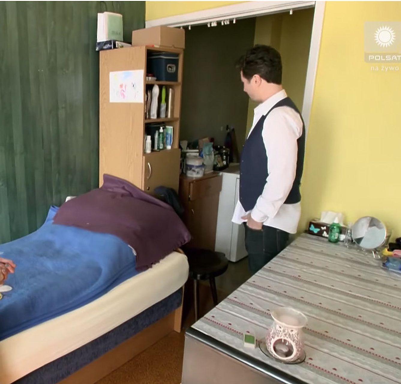 joanna mazur pokazuje swoje mieszkanie w internacie janowi klimentowi_02_wynik