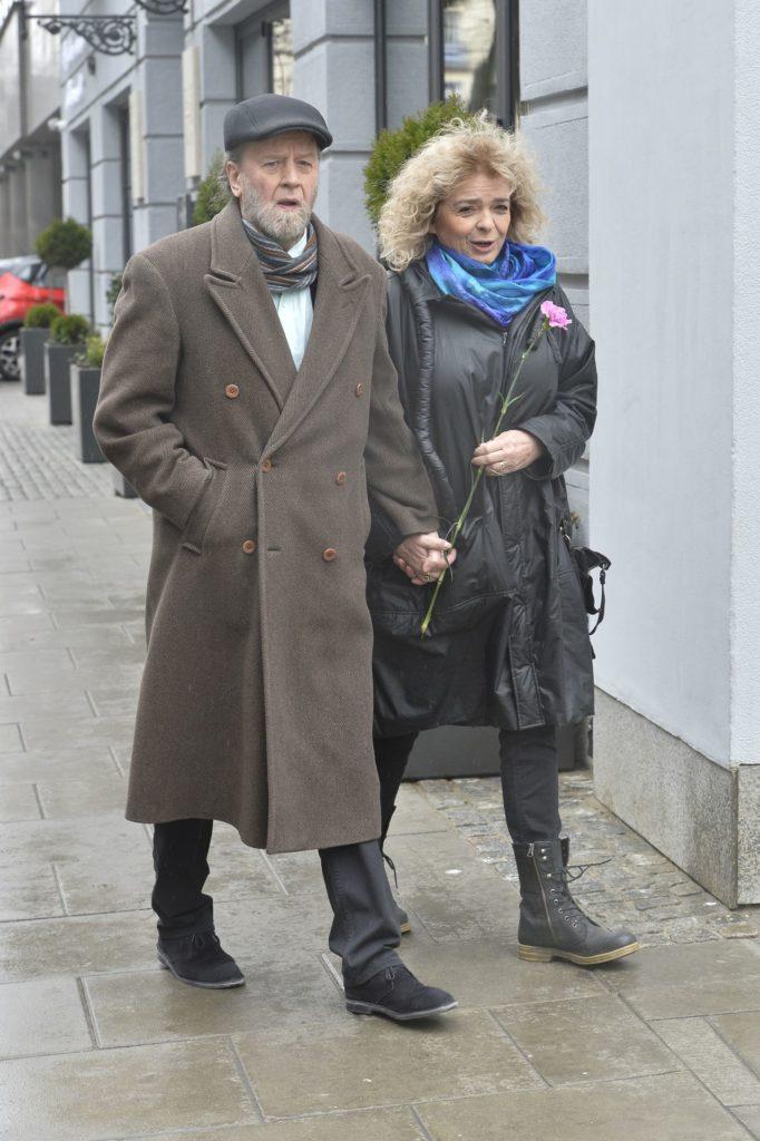 Katarzyna Grochola z mężem, Stanisławem Bartosikiem