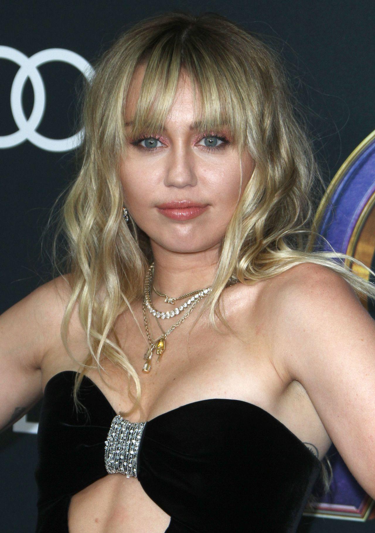 Miley Cyrus na premierze Avengers Endgame