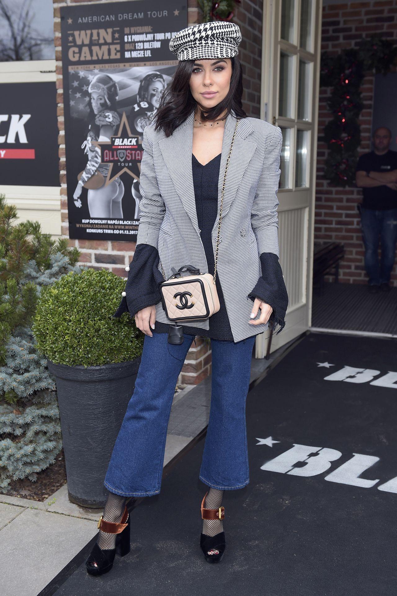 Natalia Siwiec z torebką Chanel