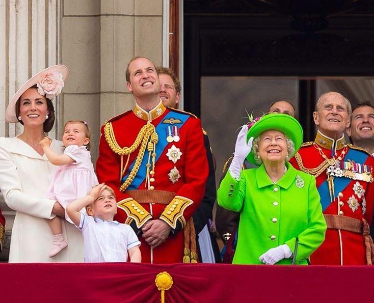 Zdjęcie z okazji urodzin Królowej Elżbiety