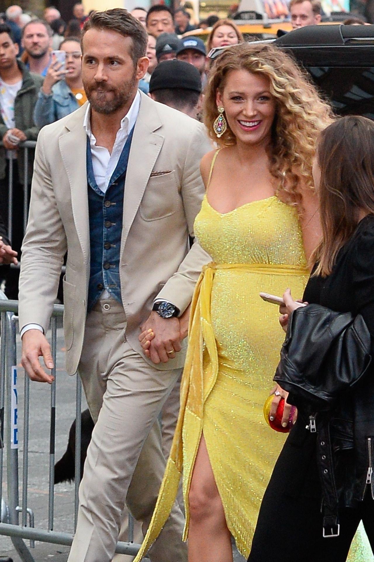 Pregnant Blake Lively and Ryan Reynolds arrive at the premiere of 'Pokemon' Blake Lively, Ryan Reynolds