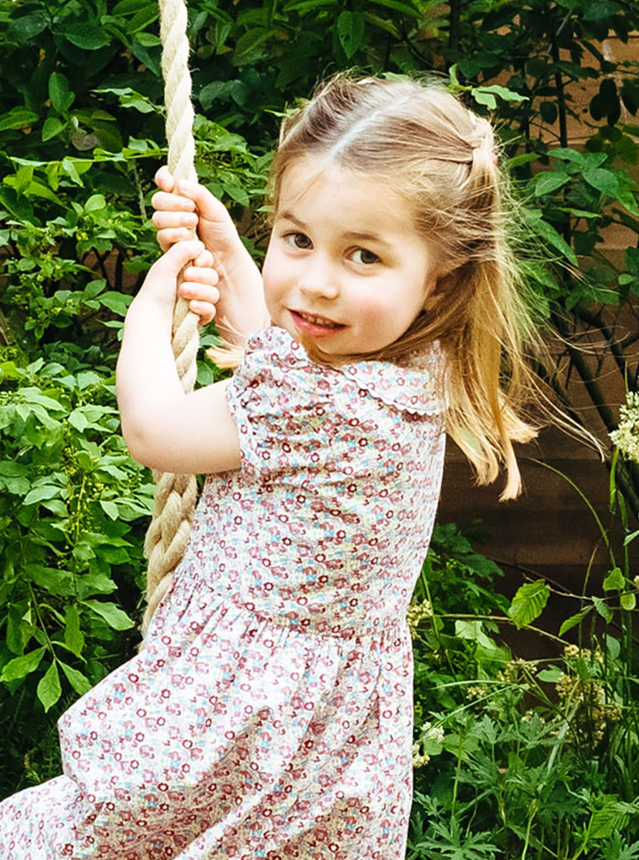 **STRICTLY EMBARGOED UNTIL 2230 BST SUNDAY MAY 19**  The Cambridge family visit Kate's