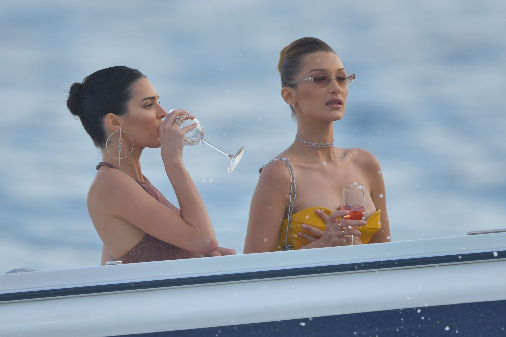 Kendall Jenner w BIKINI na jachcie w Monako