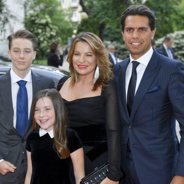Aldona Wejchert z rodziną fot. Piętka Mieszko/AKPA