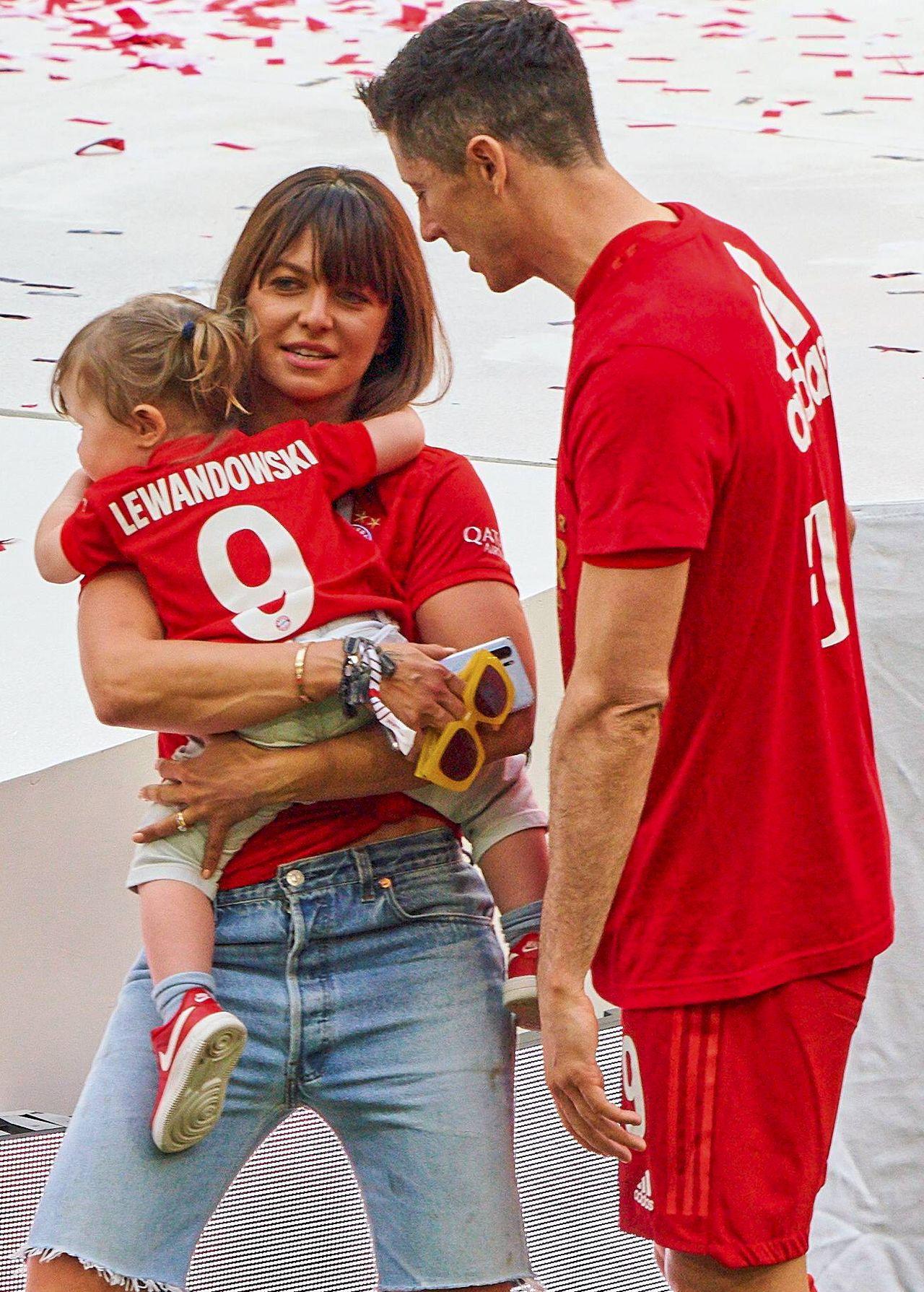 Anna Lewandowska z Robertem i Klarą