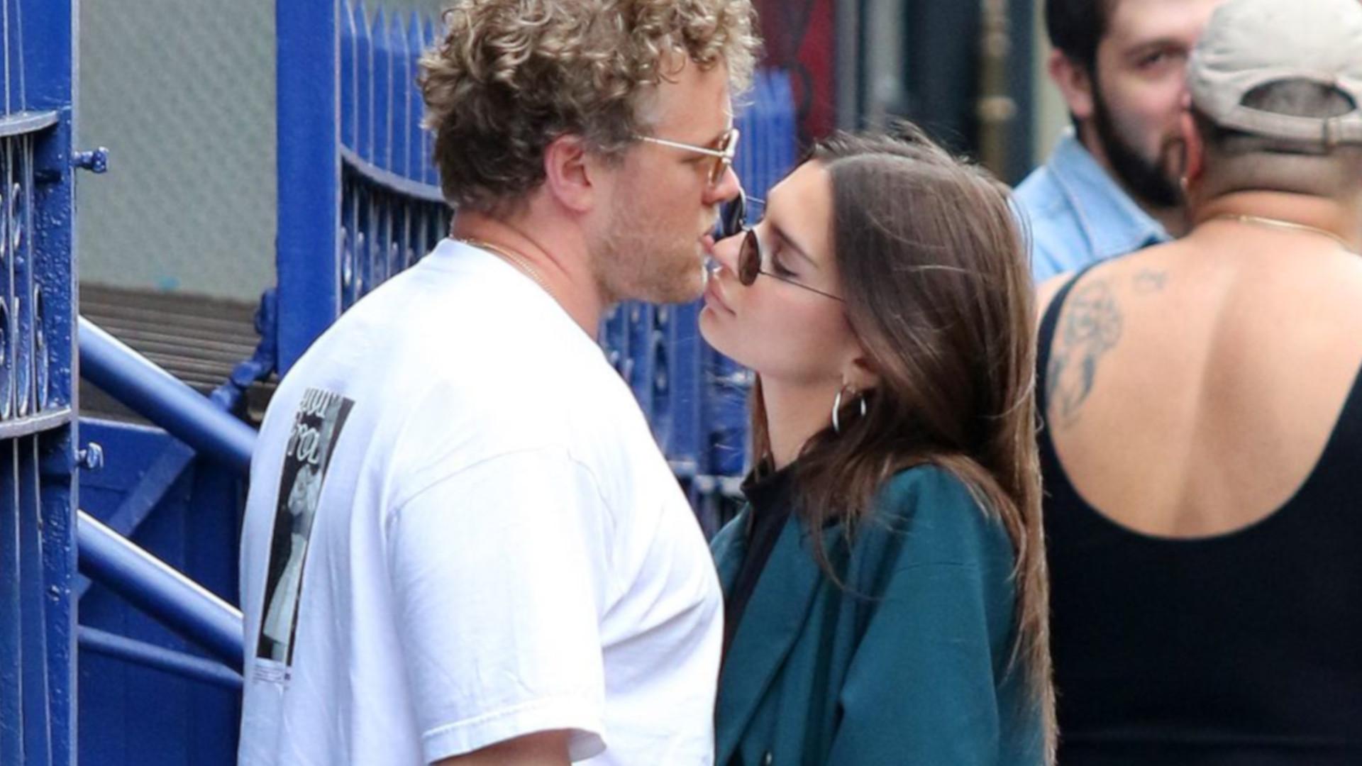 Zakochana Emily Ratajkowski z mężem