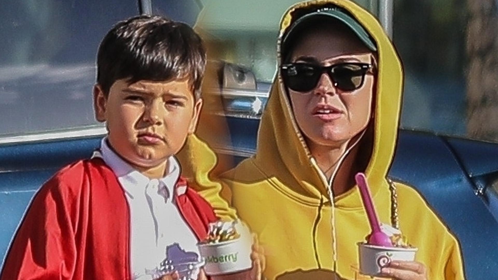 Jak on URÓSŁ! Syn Mirandy Kerr i Orlando Blooma, ma już 9 lat (ZDJĘCIA)