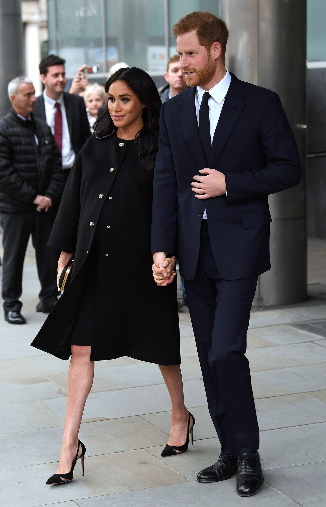 Harry and Meghan pay respects to those killed in Christchurch