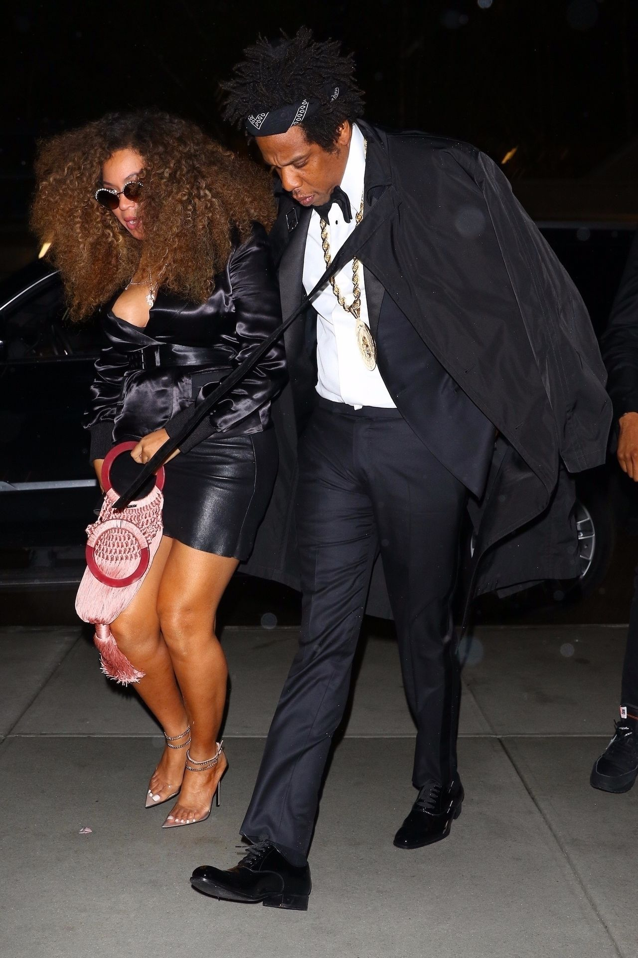 *EXCLUSIVE* Beyonce & Jay Z spotted heading out for dinner after his performance at Webster Hall