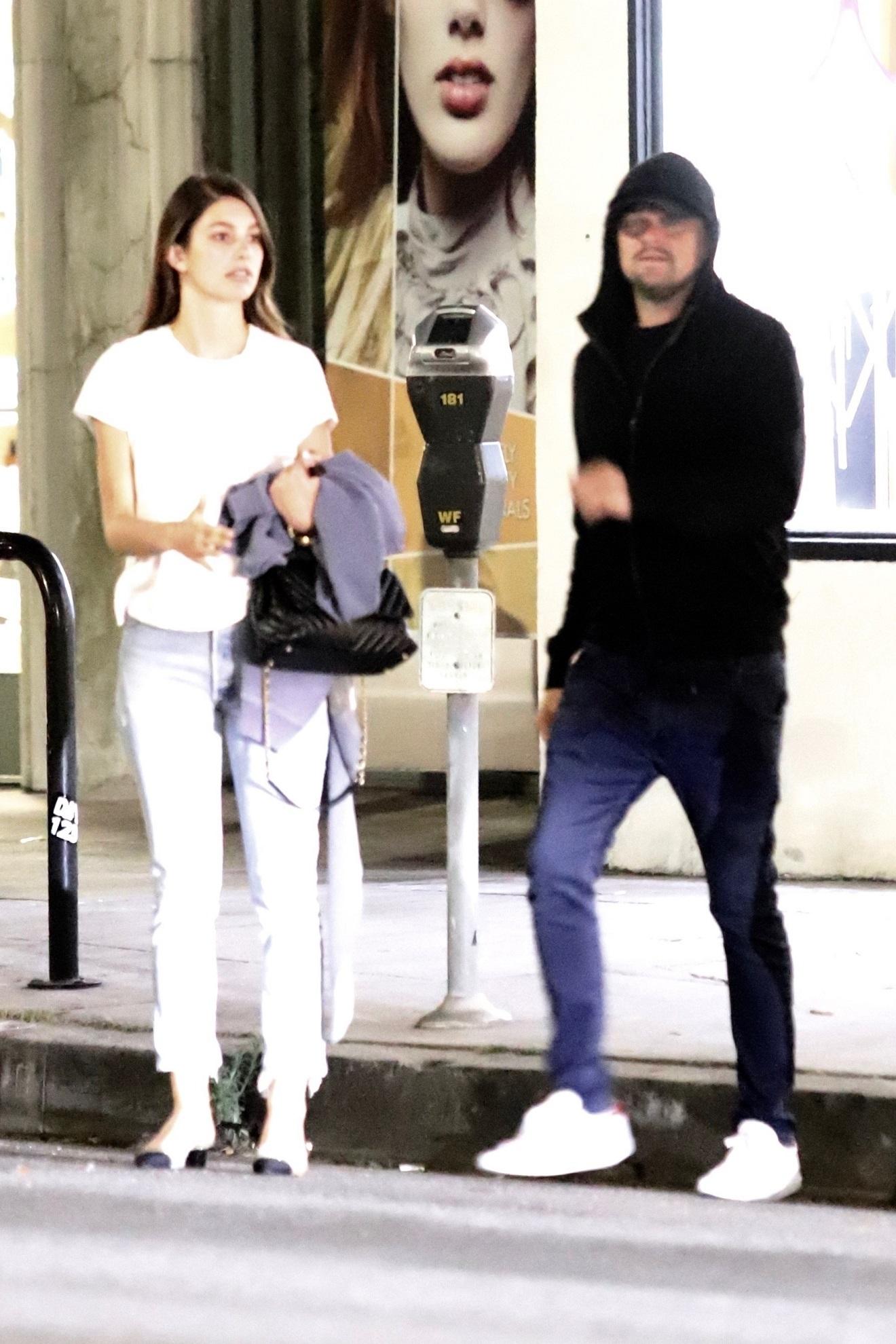 Leonardo DiCaprio na obiedzie z dziewczyną o 23 lata młodszą