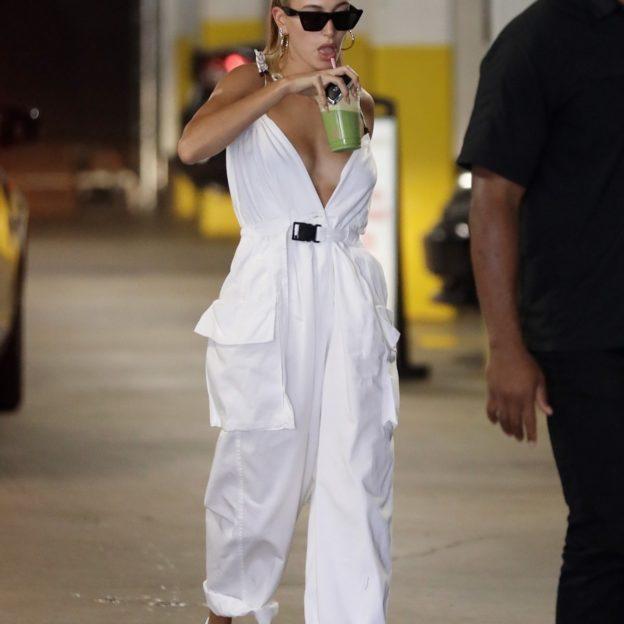 Hailey Bieber goes shopping at Erewhon market after getting a juice drink Hailey Bieber, Hailey Baldwin
