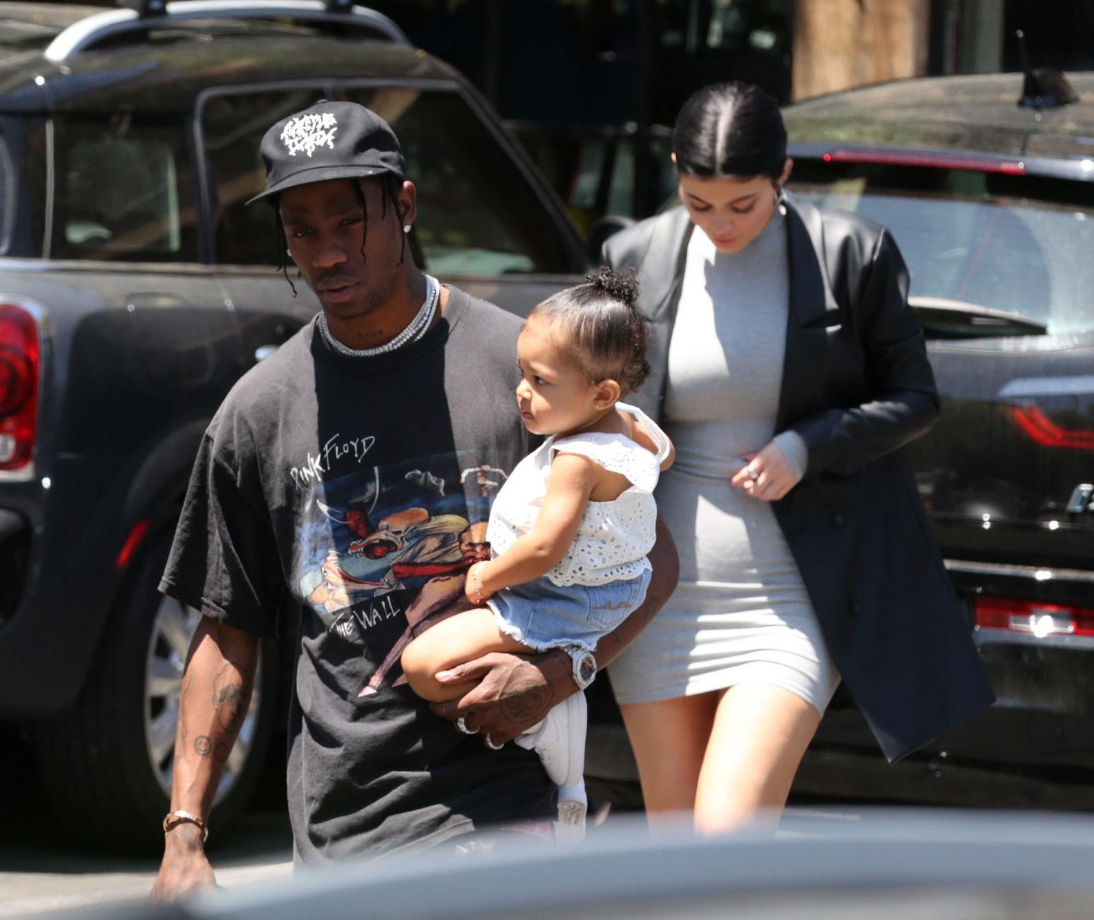 Kylie Jenner z Travisem Scottem i córką