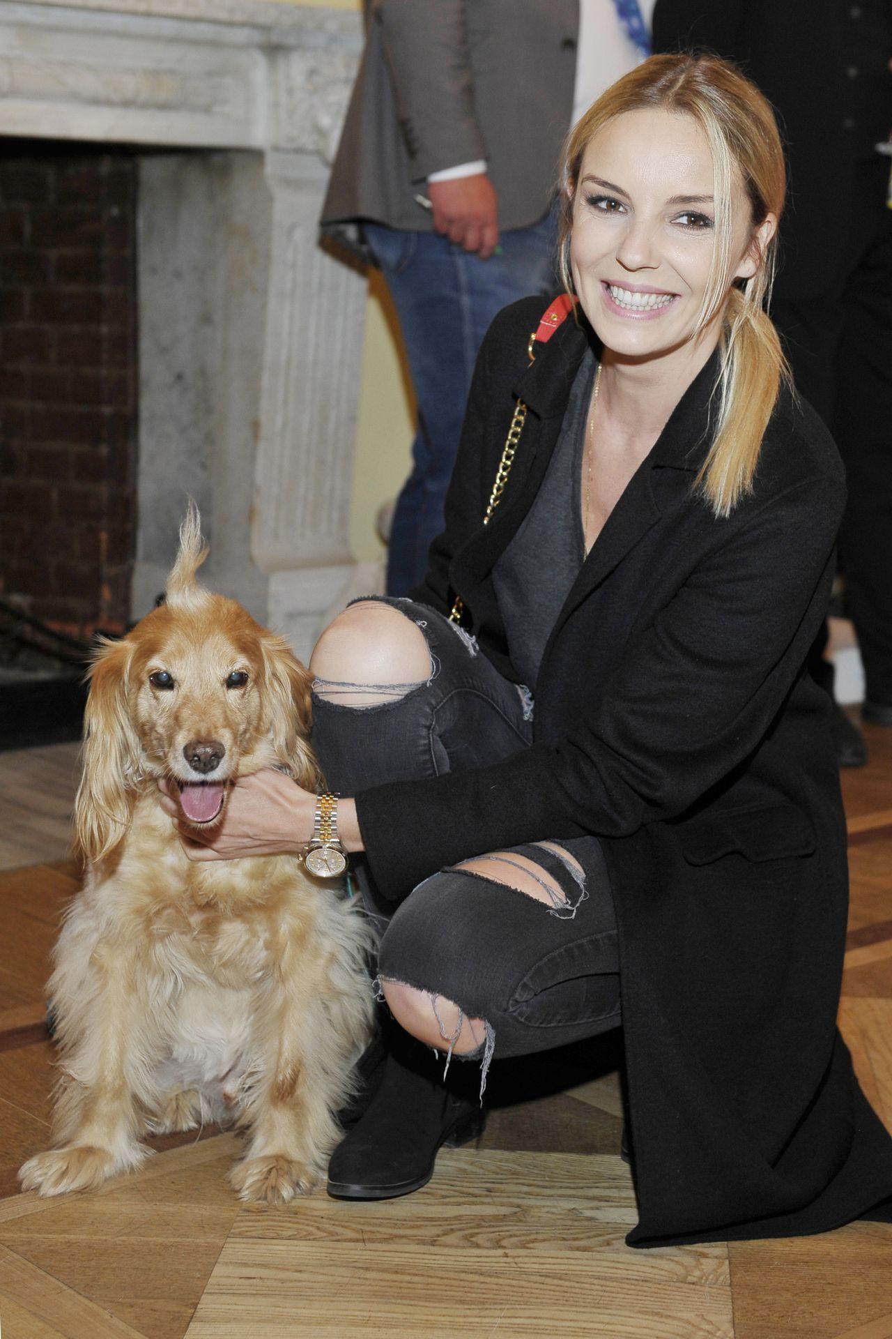 Agnieszka Włodarczyk z psem