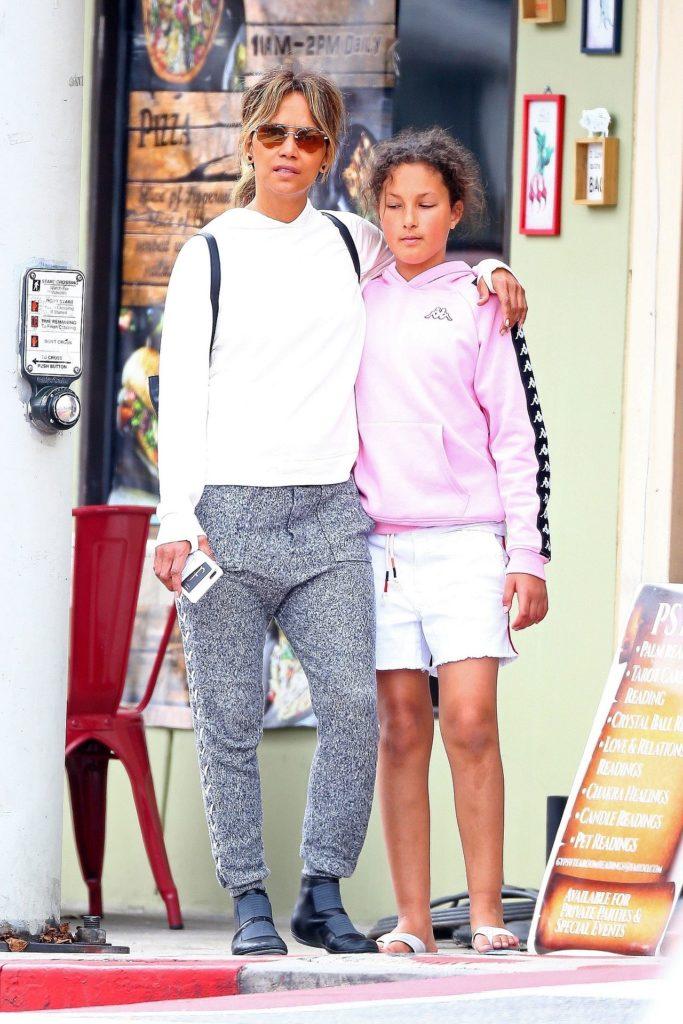 Halle Berry z córką Nahlą