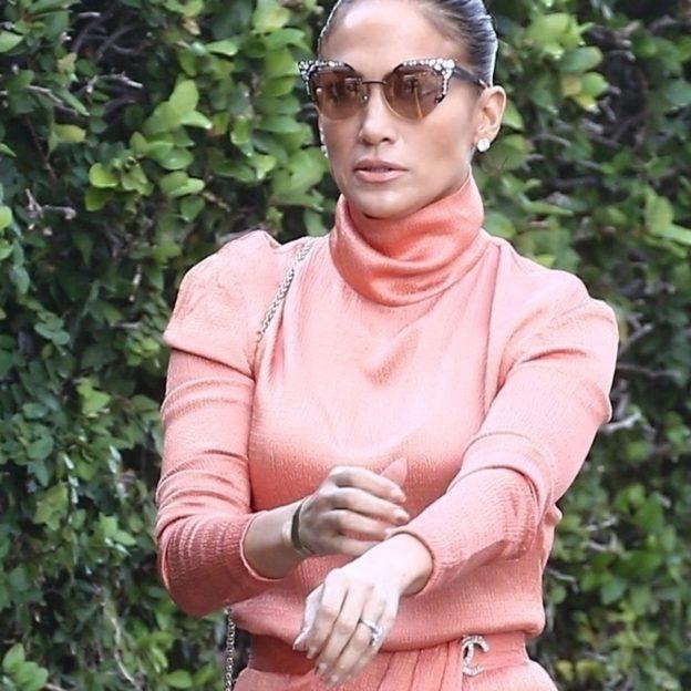 *EXCLUSIVE* Jennifer Lopez joins Alex Rodriguez for daughter's graduation