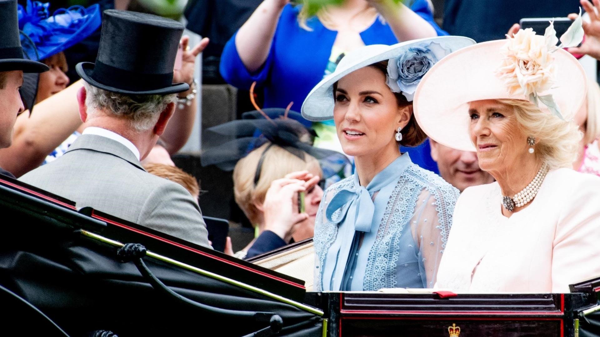 Kobieta mogła zginąć! Konwój Kate Middleton i księcia Williama uderzył w kobietę