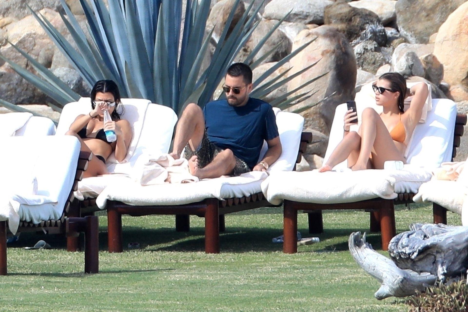 Kourtney Kardashian ze Scottem Disickiem i Sofią Richie