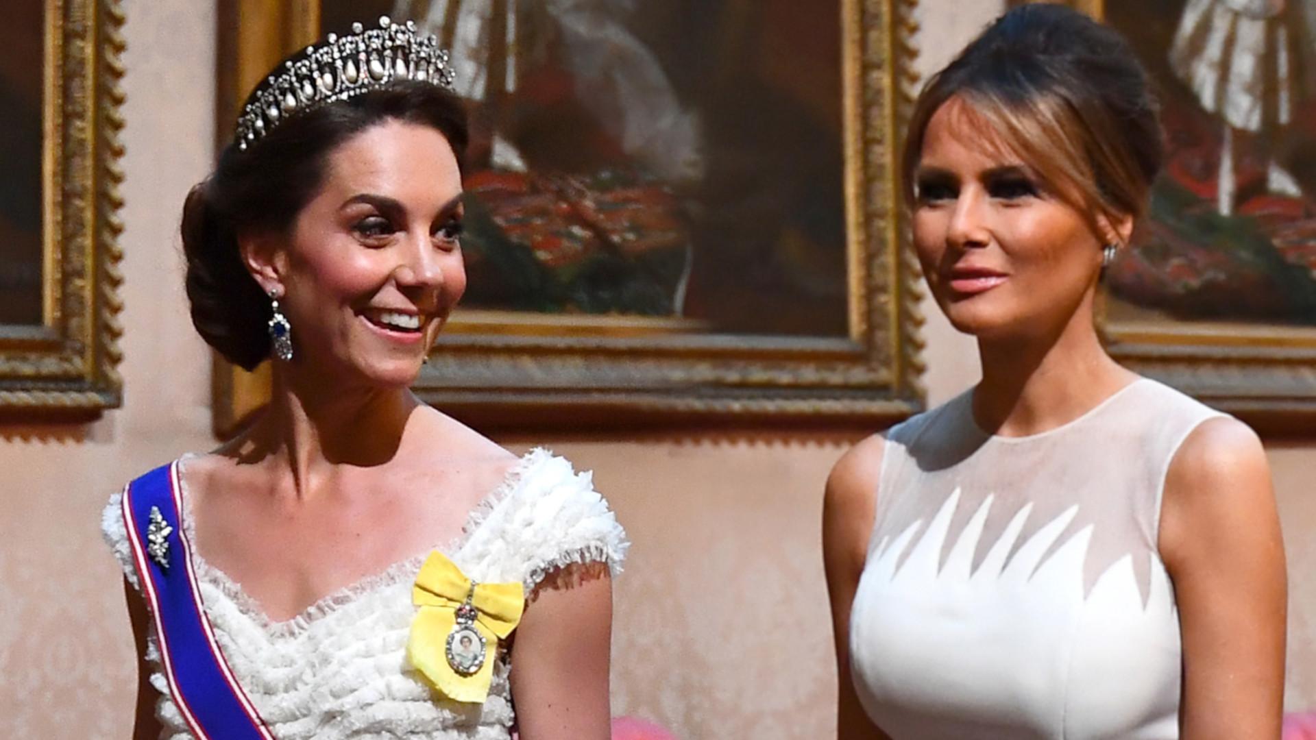 Księżna Kate i Melania Trump w długich, BIAŁYCH sukniach na tej samej imprezie (ZDJĘCIA)