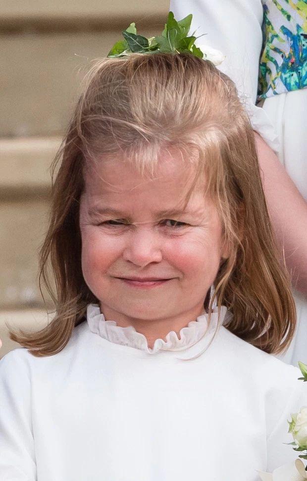 Tak na STAROŚĆ będzie wyglądać księżna Meghan i reszta rodziny królewskiej