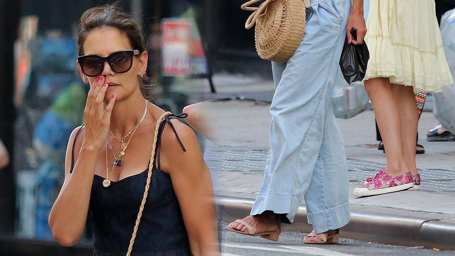 Katie Holmes w luźnych spodniach – faktycznie jest w ciąży? (ZDJĘCIA)