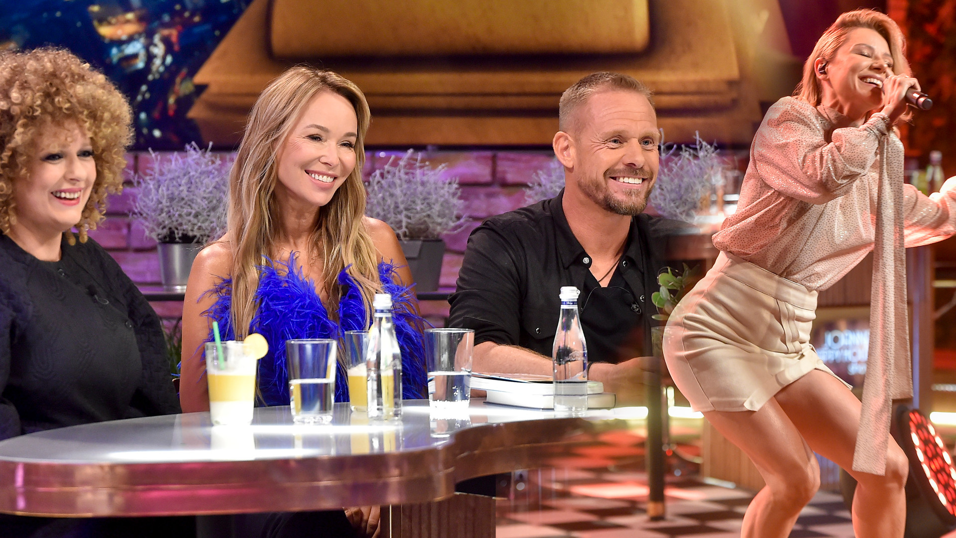 Mamy zdjęcia z pilotażowego odcinka NOWEGO show Przetakiewicz: Joanna Happy Hour Show