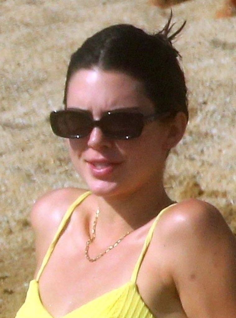 Kendall Jenner w bikini