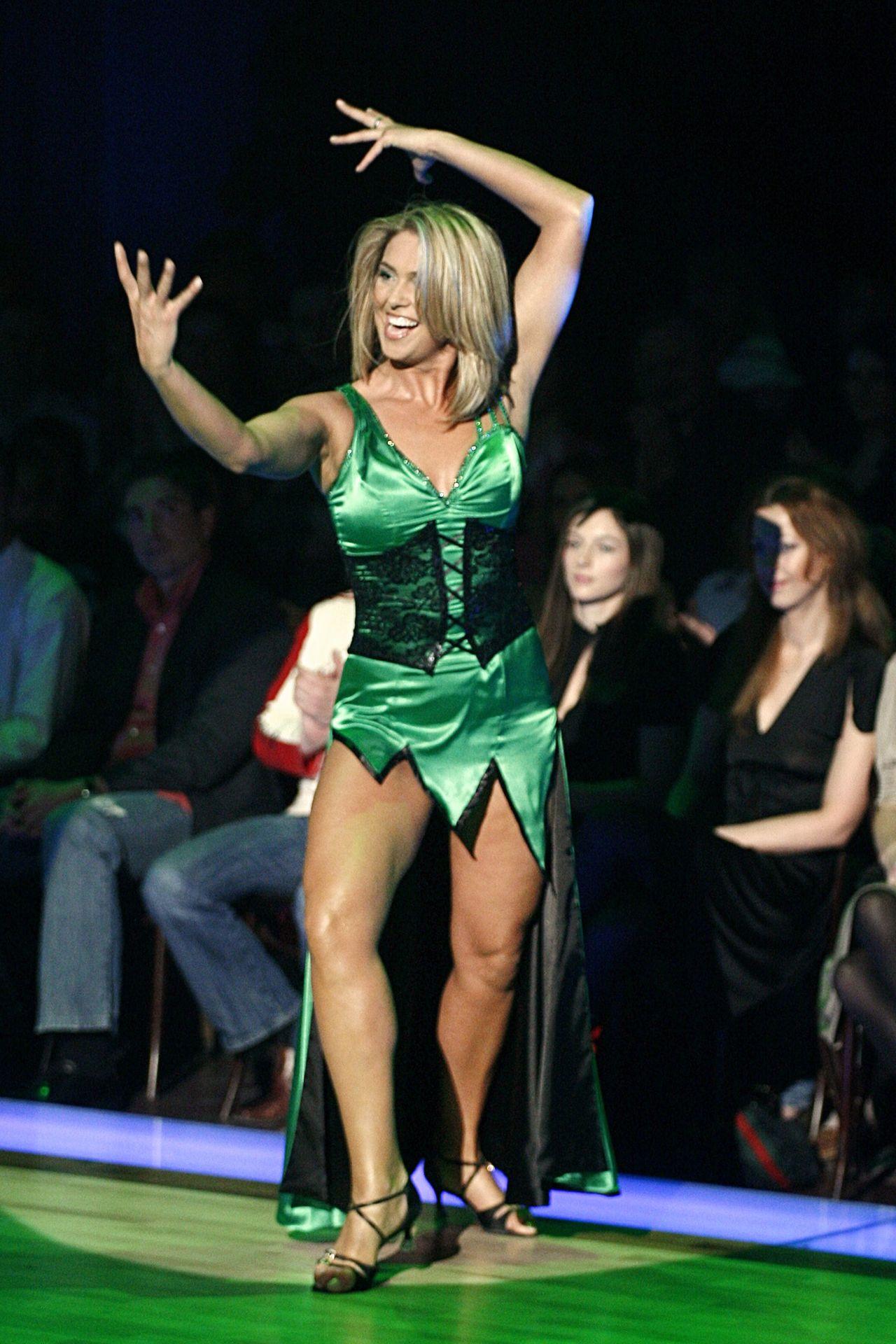 Ewa Wachowicz kilka(naście) lat temu – jak zmieniała się Miss Polonia?