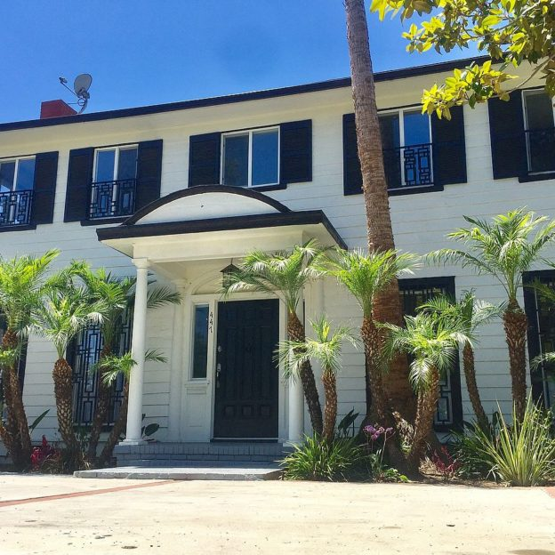 GVs of Meghan Markles former LA home up for sale on the market