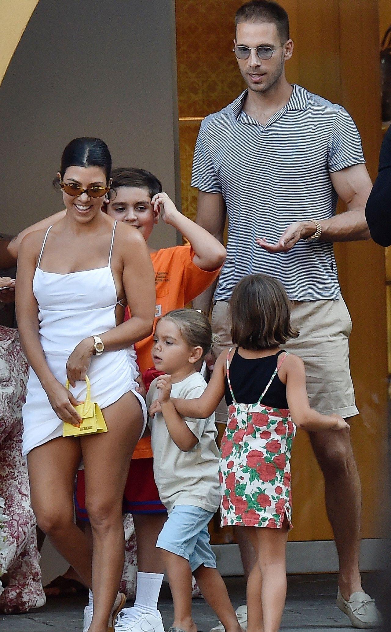 Kourtney Kardashian z dziećmi we Włoszech