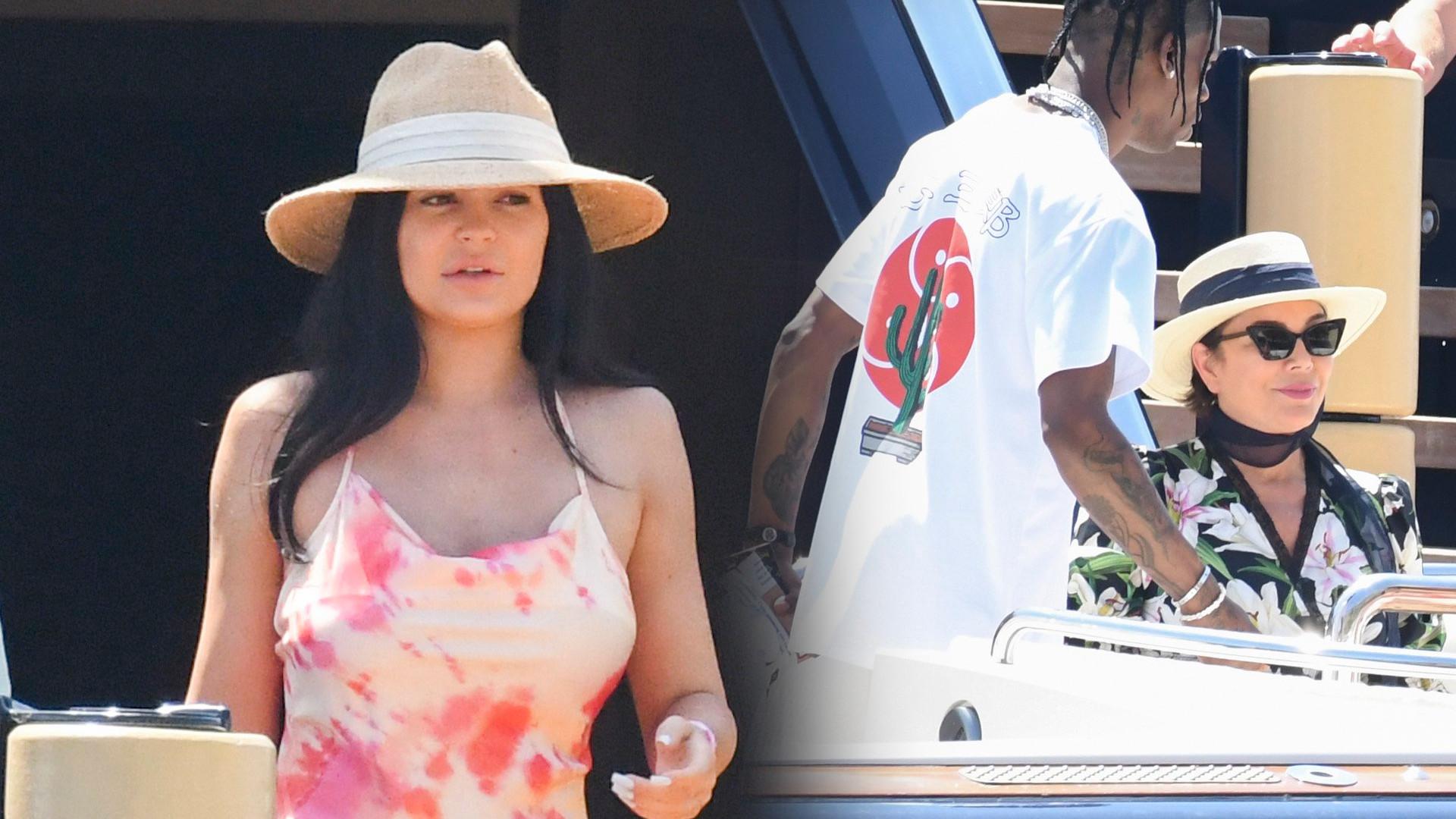 Kylie Jenner bez makijażu i w letniej, długiej sukience – rozpoczyna świętowanie swoich urodzin (ZDJĘCIA)